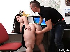 Plumper and customer have sex in office