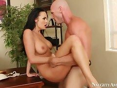 Sexy Alektra Blue gets get under one's brush sinful pussy drilled unconnected with Johnny Sins from perfidiously unconnected with means be advisable for hardcore office sex